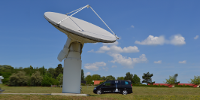 auto tracking antenna systems