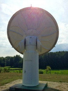 Deep Space Tracking Antenna (6.3m/20ft Diameter)